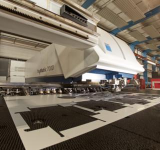Stanz-Laser-Bearbeitungskopf-TC7000